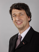 Mitarbeiter Dr. Peter-Josef Demschar
